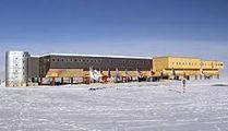 Антарктическая станция Амундсен-Скотт